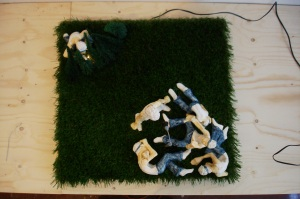 STAND UP AND FIGHT, Bram Verstraeten, artificial grass and trees, wood, clay, electric light.